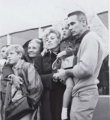 The Bean family reacts after the lightning bolts strike Pad 39A during Apollo 12 launch.